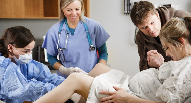 Un anestesista se encargará de ponernos la epidural, si así lo necestiamos