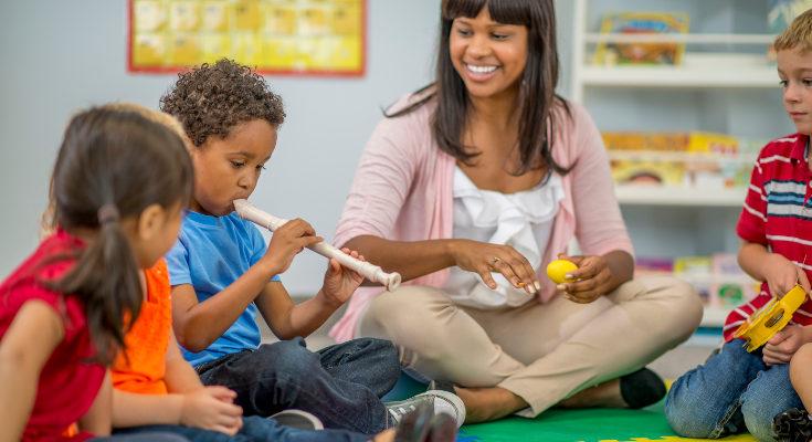 Conoce bien los horarios de tus hijos para no sobrecargarles