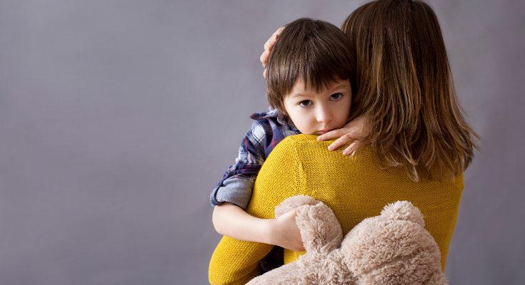 Es sano y normal que un niño tenga miedos, pero no obsesiones con temas propios de adultos