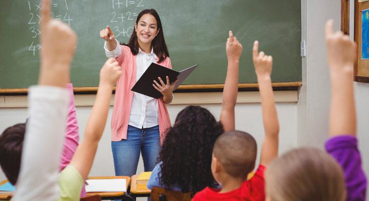 Los deberes son positivos, pero los profesores deberían regular cuánto mandan
