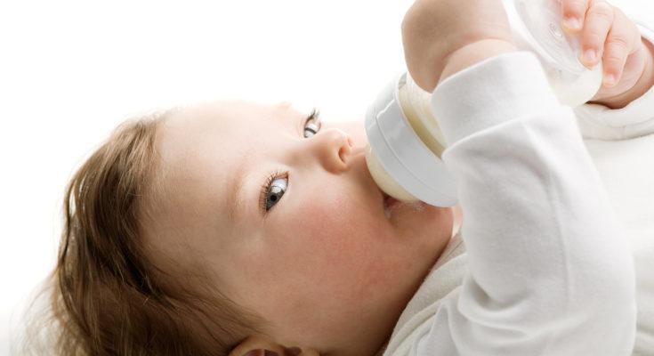 Algunos pediatras recomiendan empezar con los cereales a los 4 meses, pero depende de cada bebé
