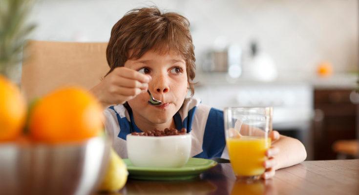 El zumo ayuda a prevenir y combatir los resfriados y gripe