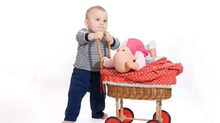Deja que tus hijos experimenten con todo tipo de juguetes