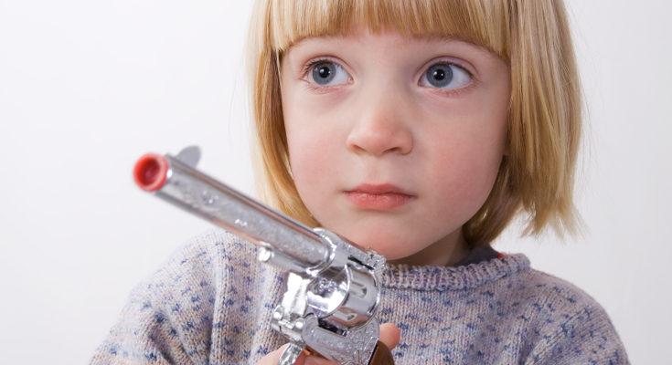 Existen diferentes posturas sobre lo que se enseña a los niños con estos juguetes