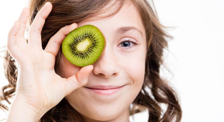 El kiwi es una de las frutas más completas que podemos dar a los niños
