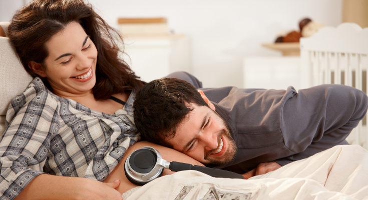 Muchas madres también ponen música al bebé mientras está en el útero