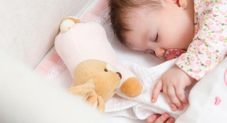 El bebé dejará de dormirse en cualquier lugar y preferirá su cama o cuna