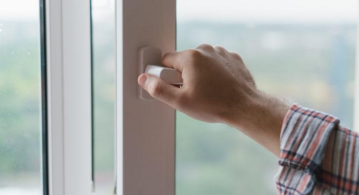 Mantén la casa ventilada para evitar la transmisión de enfermedades