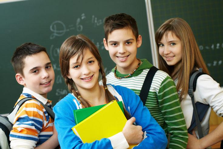 Los cambios físicos en la adolescencia son más tempranos en chicas que en chicos
