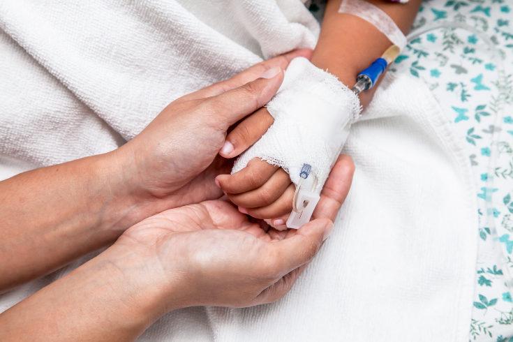 La investigación intenta mejorar los tratamientos de la leucemia infantil para que sean más efectivos y menos invasivos