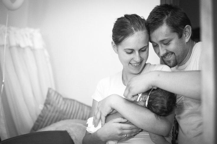 Es importante acudir a las clases de preparación al parto para saber cómo actuar en tu parto natural