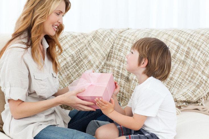 Darles todo lo que piden es la manera más fácil de malcriar a un niños