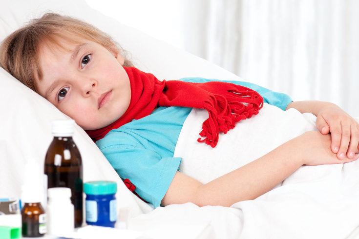 Un síntoma claro de vegetaciones es que el niño o niña caiga con frecuencia enfermo de infecciones como la otitis