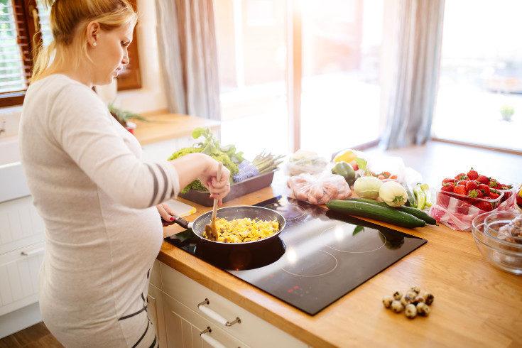 Come alimentos ricos en hierro y también en vitamina C