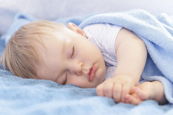 Las mantas polares también retienen la humedad, lo cual es peligroso para el bebé