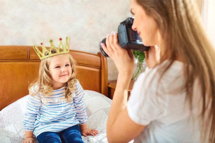 Fíjate bien en los ajustes de privacidad de las redes sociales si subes fotos de niños