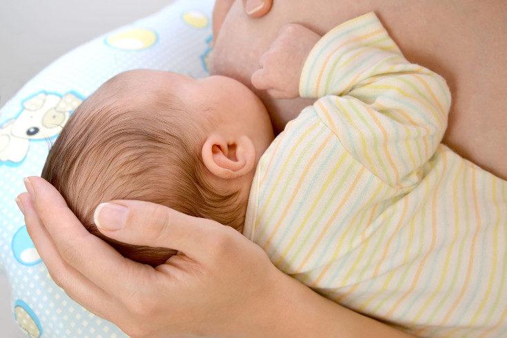 Si das el pecho a tu bebé, es importante cuidar tu propia alimentación
