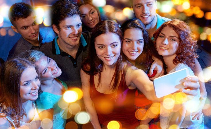 Para los jóvenes la fiesta de Nochevieja es muy importante