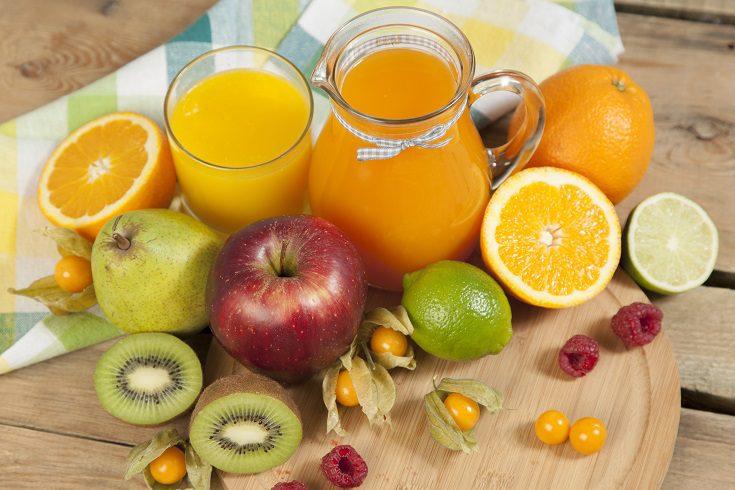 La zanahoria es una alimento bajo en calorías que posee vitaminas A, K y E