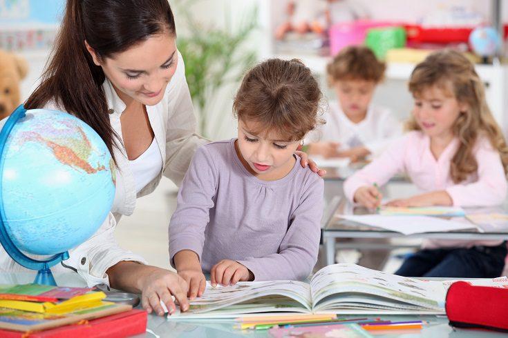 Para llegar a ser pediatra deberás estudiar medicina y luego especializarte