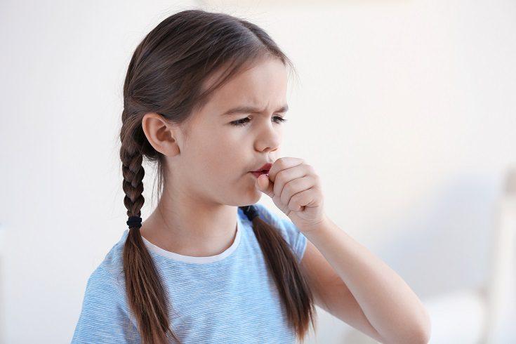 Cuando duele la garganta lo peor que se puede hacer respirar aire seco