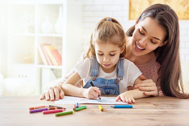 La disciplina positiva defiende  que los niños siempre buscan el sentimiento de pertenencia