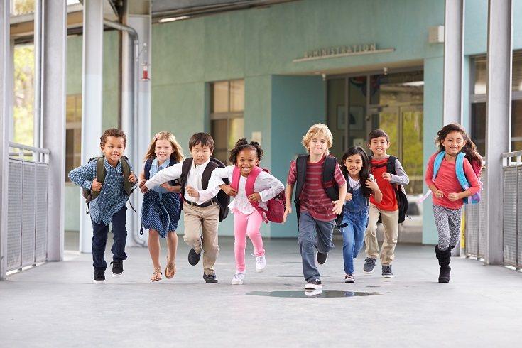 Los docentes deben garantizar las habilidades de participación cara a cara de los estudiantes más jóvenes sobre todo