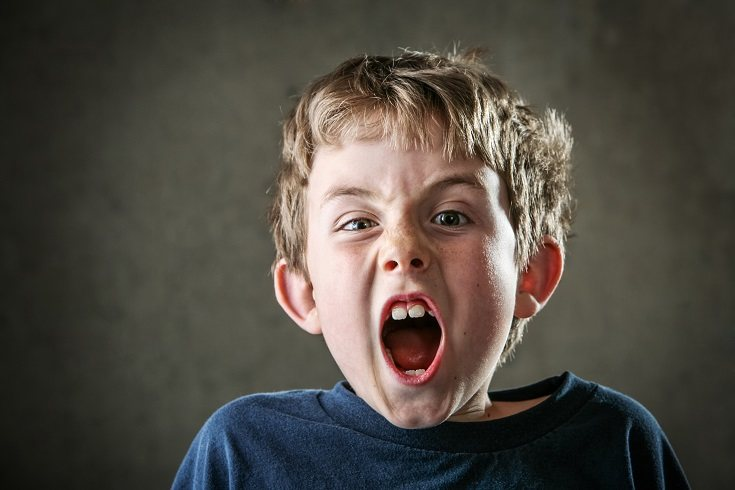 Un niño que sufre enormemente a la hora de separarse de sus padres