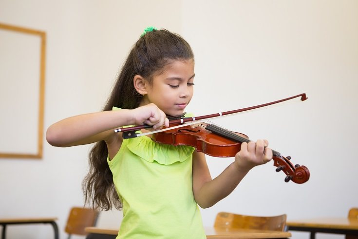 Los instrumentos musicales son una gran opción para que tu hijo desarrolle ciertos talentos y habilidades