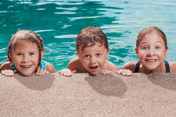 Cada vez que los niños salgan al aire libre es necesario utilizar protector solar