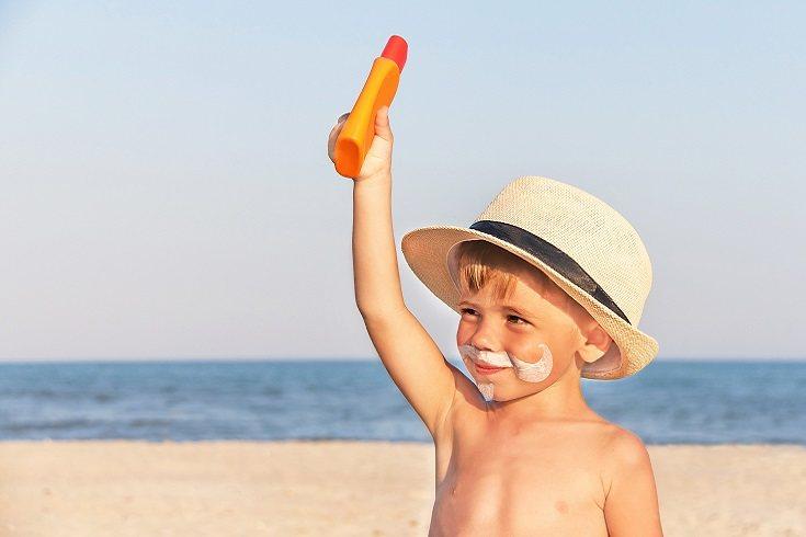 Tendrás que asegurarte de probar el protector solar en un área pequeña de su piel primero