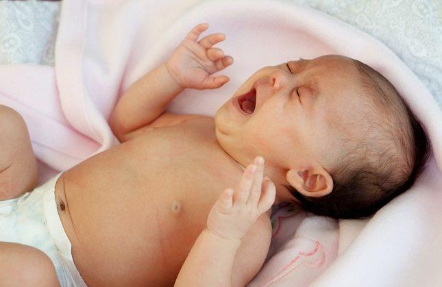 Cuando unos padres tienen un bebé con cólicos lo pasan realmente mal