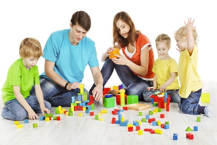 A los niños les encanta jugar con arcilla, es una actividad apasionante y muy creativa