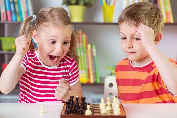 Los juegos estimulantes y educativos son esenciales a la hora de desarrollar la inteligencia del pequeño