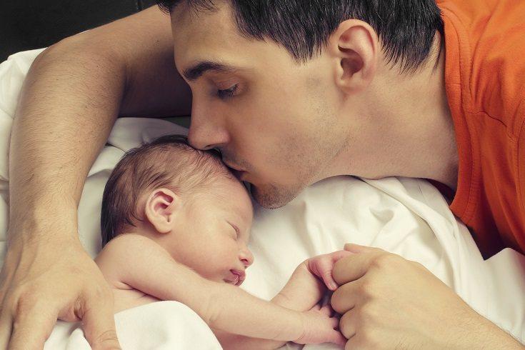 El permiso de paternidad es un derecho que tienen todos los trabajadores por cuenta ajena