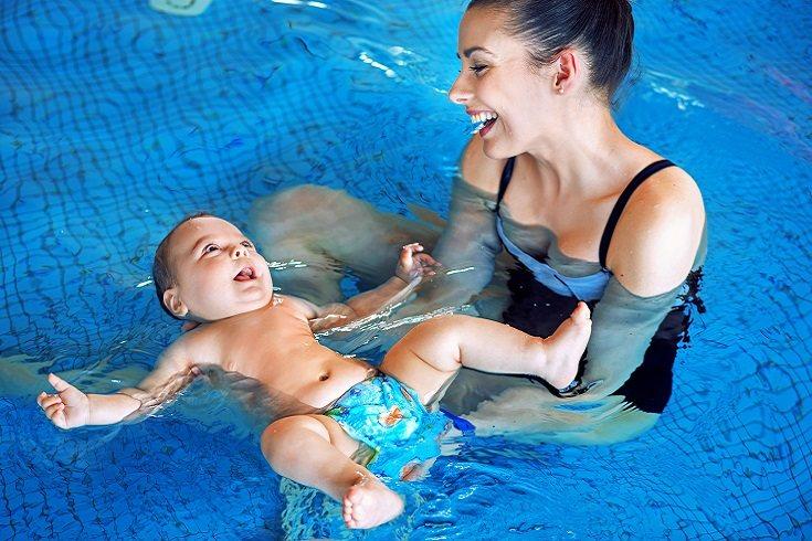 Es importante a la hora de practicar la matronatación que el bebé se pueda aclimatar y adaptar lo más pronto posible al agua