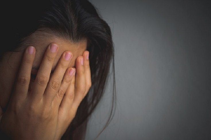 Un niño que no sabe cómo manejar la ira tendrá un comportamiento agresivo consigo mismo o con los demás