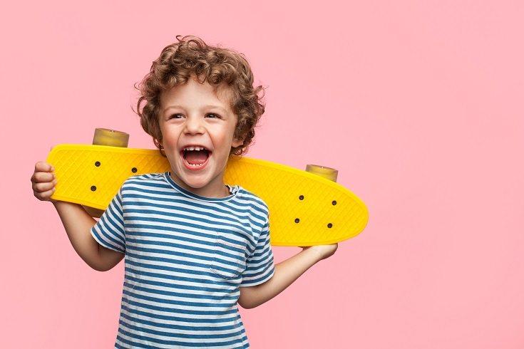 El adagio de no decir nada si no tienes algo bueno que decir sobre alguien es correcto para enseñar a los niños