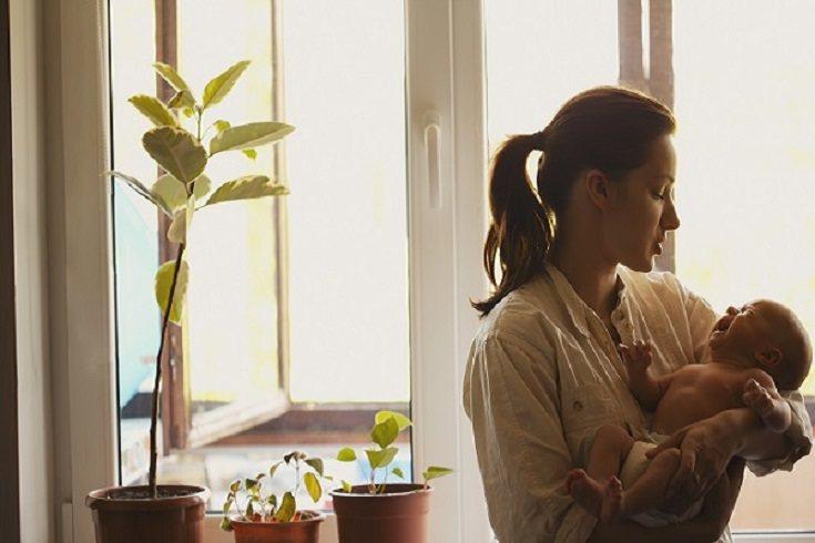 Cuando te pasas el día en casa, tus hijos te absorberán por completo cada minuto del día