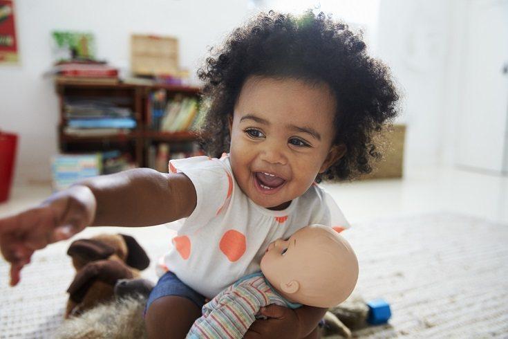 Puede ocurrir que tu hijo tenga juegos inapropiados con las muñecas