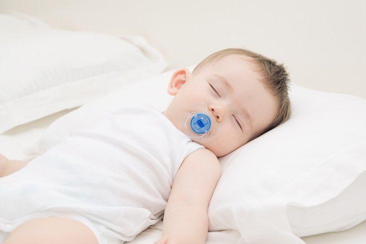 La almohada debe ser un material como el algodón