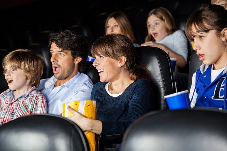 Es bastante normal que los niños que van mucho al cine se vuelvan mucho más reflexivos y es que las películas les va a hacer razonar mucho