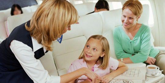Distrae al niño para que el vuelo sea llevadero