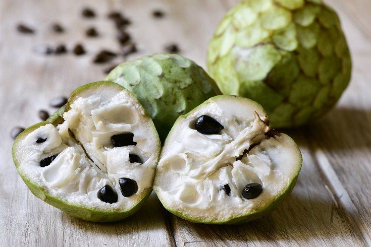 Las frutas y verduras son dos de los alimentos que deben ser fijos en la dieta de los niños