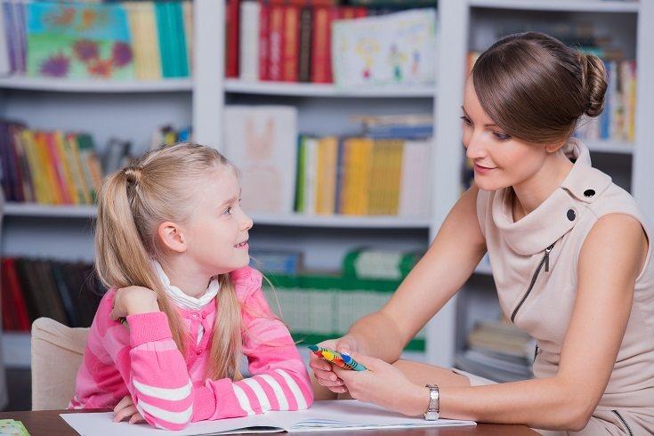 Los niños necesitan establecer un fuerte vínculo con sus padres
