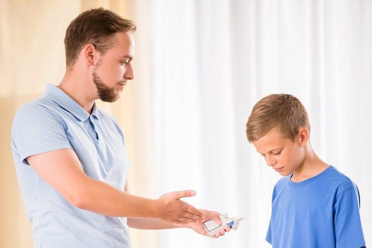 En muchas ocasiones el padre o madre destacan por su autoridad