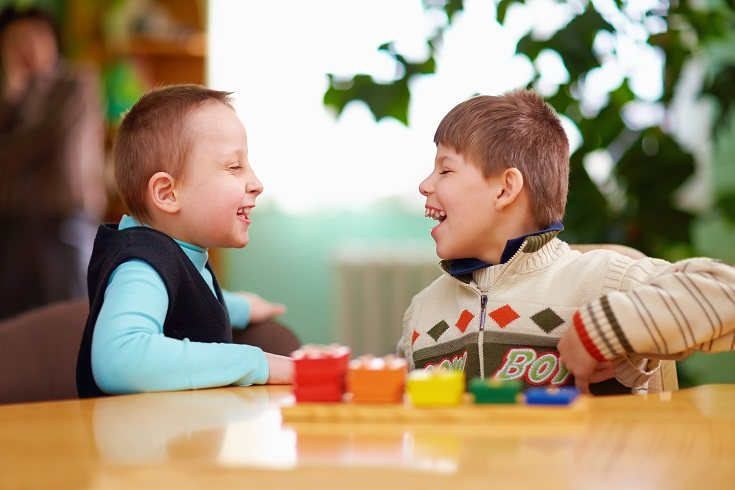 Los niños con discapacidad pueden hacer frente a terapias desagradables