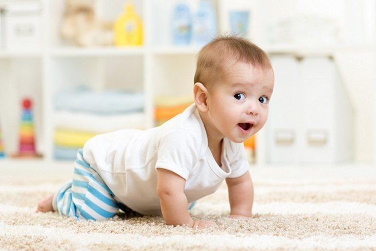 Los bebés adoptan diferentes estilos de gateo