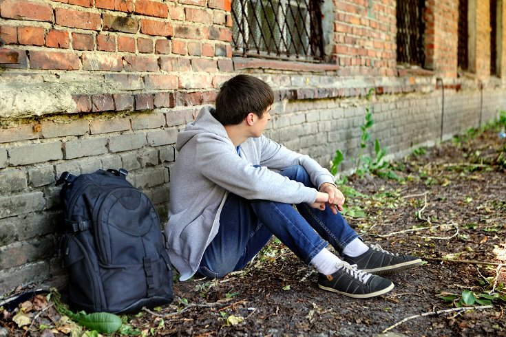 En muchos casos los adultos jóvenes comienzan su vida lejos del hogar familiar