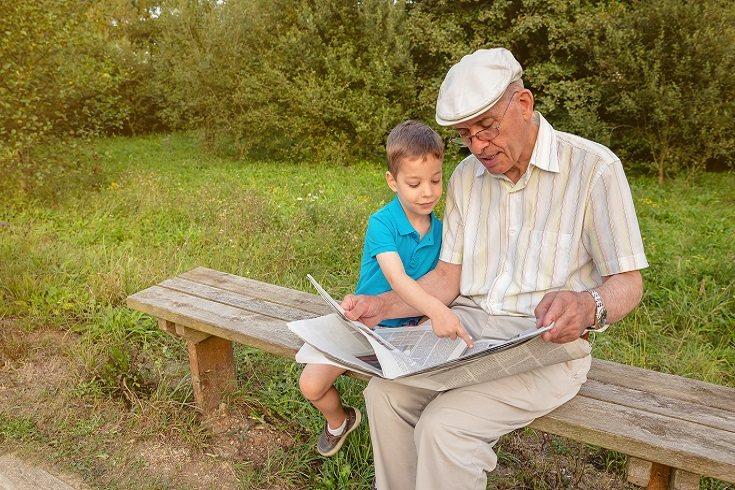 Los abuelos también deben contar historias sobre sus propias vidas